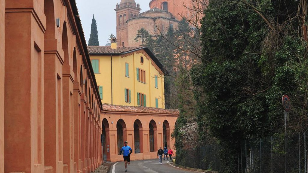 San Luca running tour